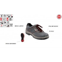 YT-80572 LOW-CUT SAFETY SHOES 39-47