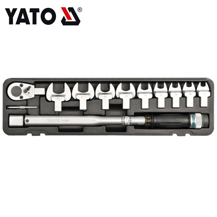 YATO HIGH QUALITY AUTO REPAIR TORQUE WRENCH WITH ACCESSORIES 12 PCS